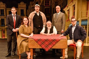 KRAVITZ FAMILY Ken James Stewart, Julia Halfyard, George Masswohl, Howard Jerome, Victor A. Young, Adrian Marchuk (Duddy Kravitz Musical) - Photo by Maxime CìtÇ